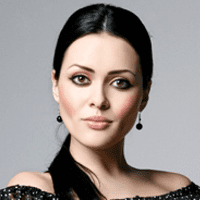 "Barbora Žilecká <br><a style=""color:#00beff"" href=""https://www.instagram.com/gia.barbs/"" target=""_blank"">@gia.barbs</a>"